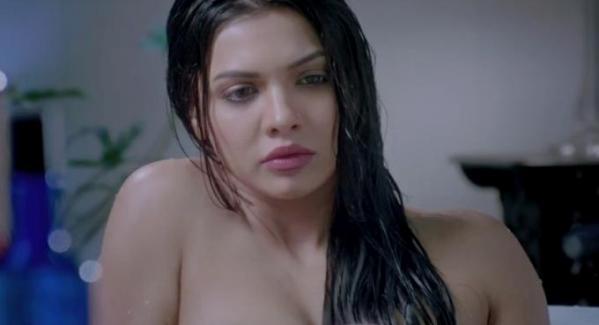 Sara Loren Murder 3 hot scenes