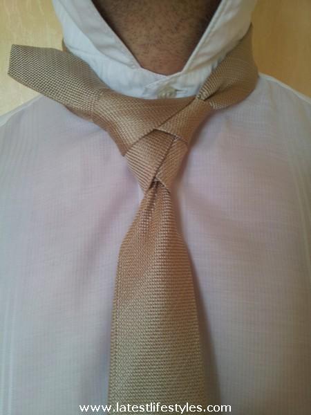Step 13 Eldredge Tie Knot