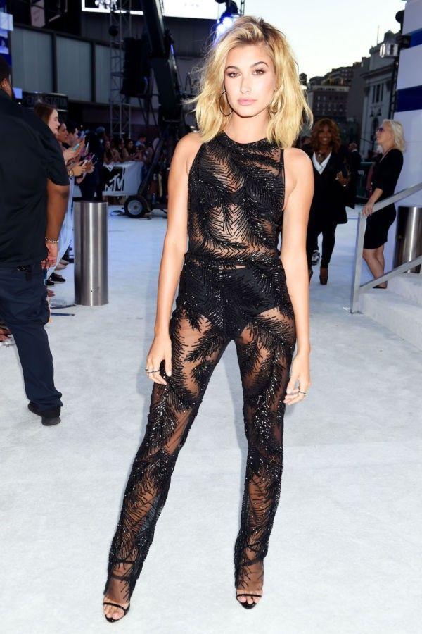 Hailey Baldwin VMA | Life with Style